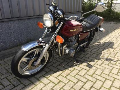 Honda Tour CB 650