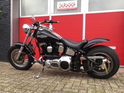 Harley-Davidson Chopper FXSTS Springer