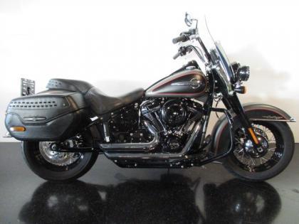 Harley-Davidson FLHC SOFTAIL HERITAGE CLASSIC 107